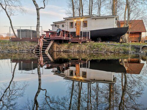 Koolivaheajaks Pärnusse: laevasõit, kalapüük ja saun